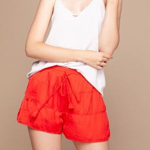 TIERED SATIN SHORTS [SP110850]